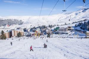 1484121135_uludag_kayak_merkezi
