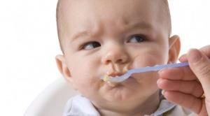 Bebekleri fazla giydirmek onları sinirli yapabilir